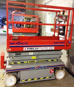 Scissor Lift Rental Toronto