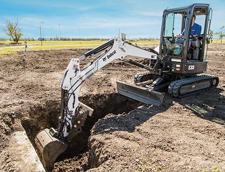 compact-excavators01