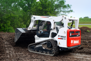 Carry out your toughest Task Easily with Skid Steer