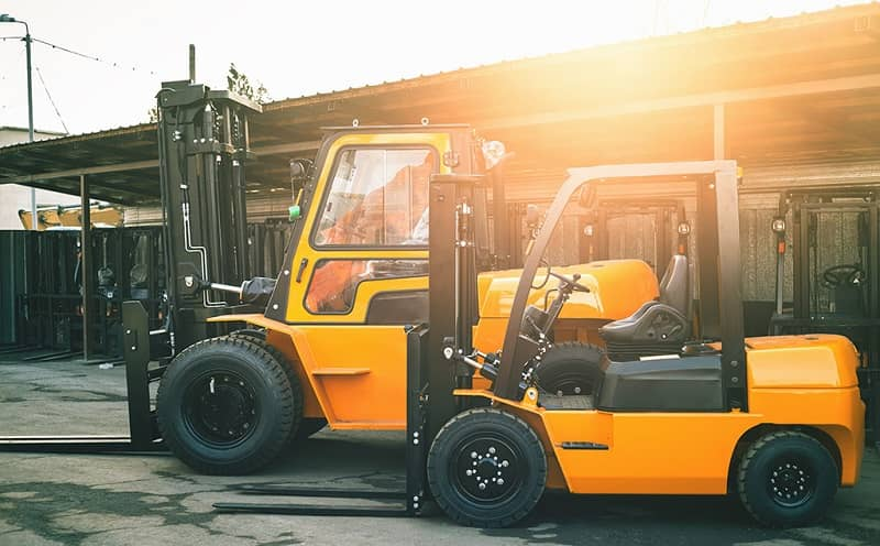 Right-Forklift